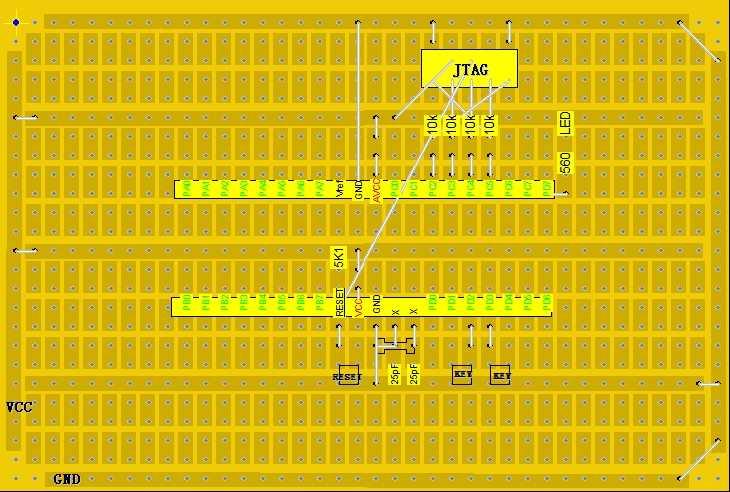 最近开始用avr单片机,感觉无论是汇编还是C都比51要舒畅,不明白为什么现在的单片机教学非要以51为主。 我用的是ATmega32,内存比较大,ROM 32K,RAM 2K,EEPROM 1K,很适合写一些大型工程,比如ucos-ii的移植。硬件资源也很丰富,有内部晶振、SPI、IIC、JTAG、ADC等。ATmega16 和 32 兼容,只是内存少了一半。 下载方式有SPI和JTAG两种方式,JTAG能在线调试,很好用,可惜的是要占4个端口。 搭建了一个最小系统,用LochMaster这个软件设计,感觉