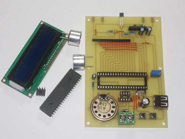 基at89s52单片机1602液晶显示语音播报超声波测距板焊接组装