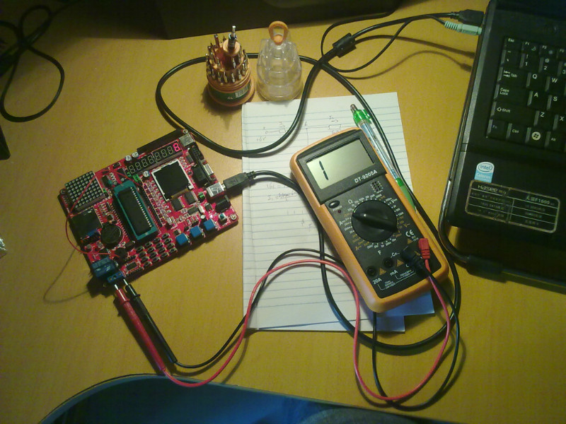 电脑控制单片机,单片机控制继电器(原创图文)